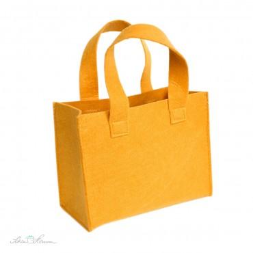 Geschenktasche aus Filz / gelb / 18 x 15 x 9 cm