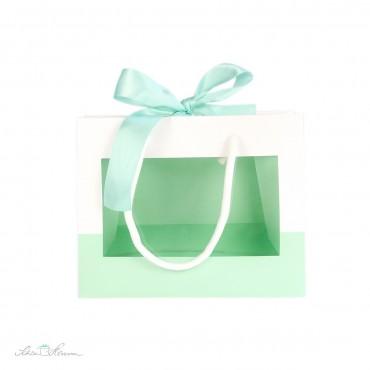 Geschenktasche mit Fenster, Henkeln und Schleife, mintgrün