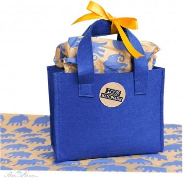 Geschenktasche aus Filz / blau / 18 x 15 x 9 cm