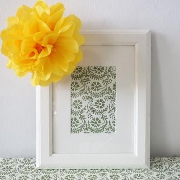 Geschenkpapier, grüne Blumen, 1 Bogen, 50 x 70 cm