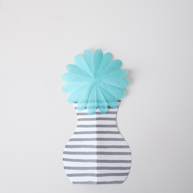 Vase aus Papier basteln