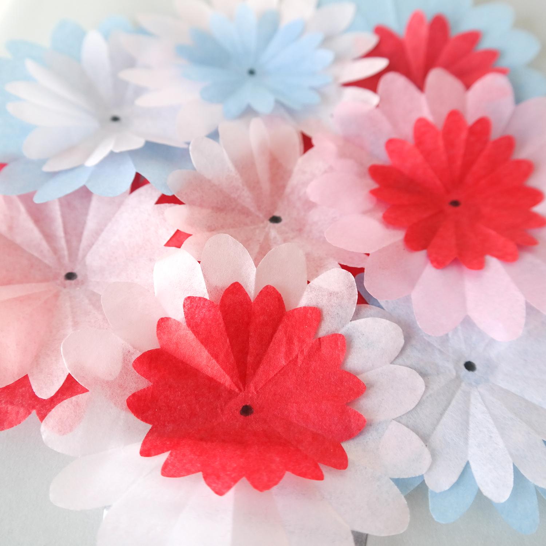 Papierblumen aus Seidenpapier selber basteln